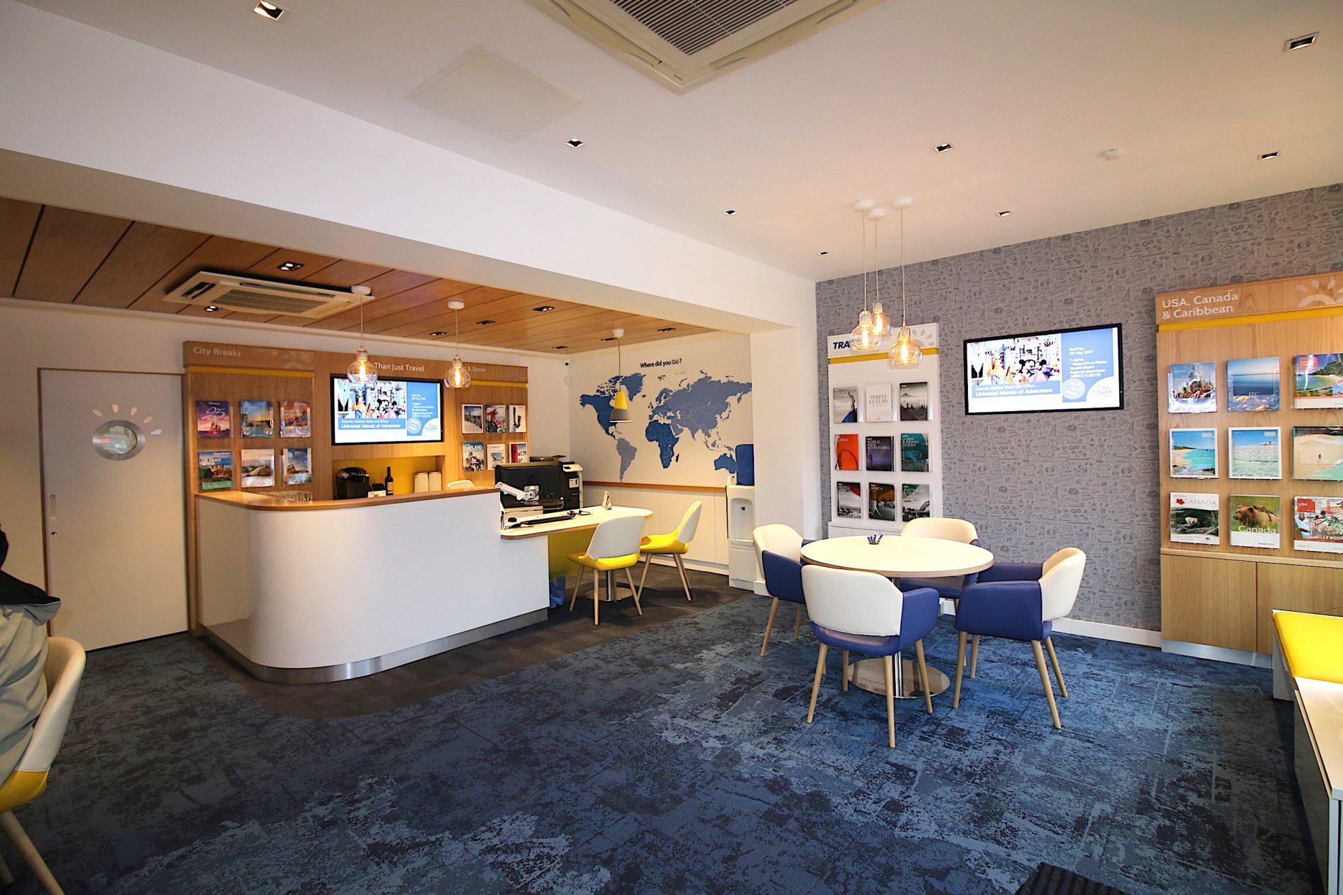 Go Travel_Chislhrust_Interior Design By Nugget Design 02