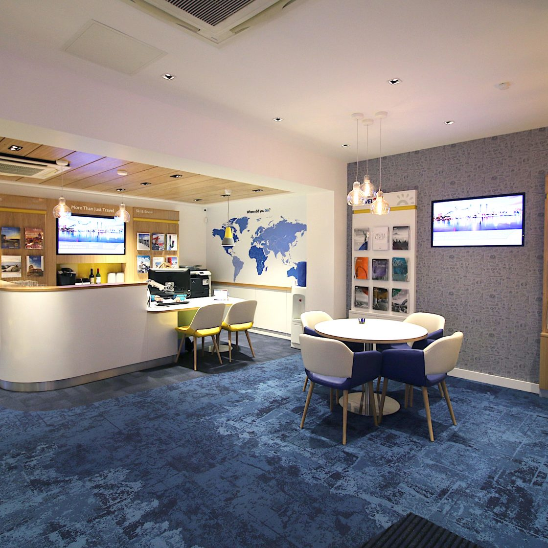 Go Travel_Chislhrust_Interior Design By Nugget Design 08