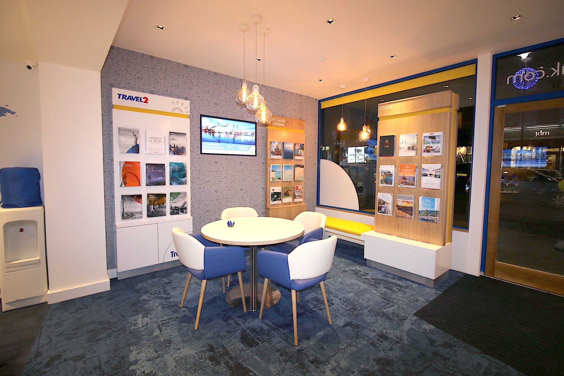 Go Travel_Chislhrust_Interior Design By Nugget Design 11