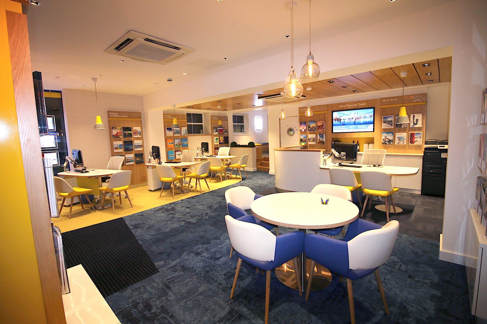 Go Travel_Chislhrust_Interior Design By Nugget Design 12