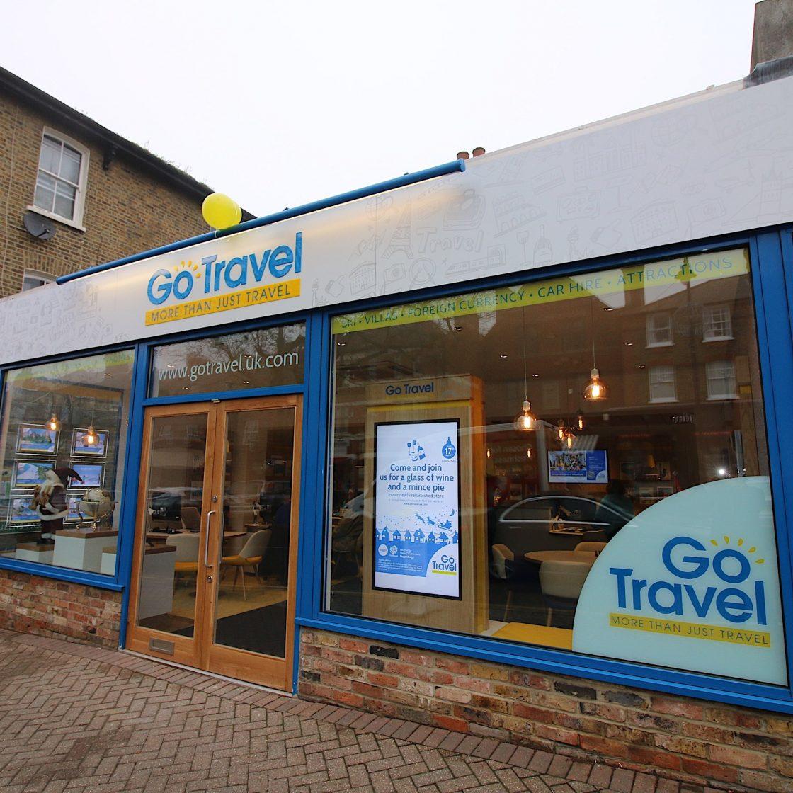Go Travel_Chislhrust_Shopfront Interior Design By Nugget Design 01