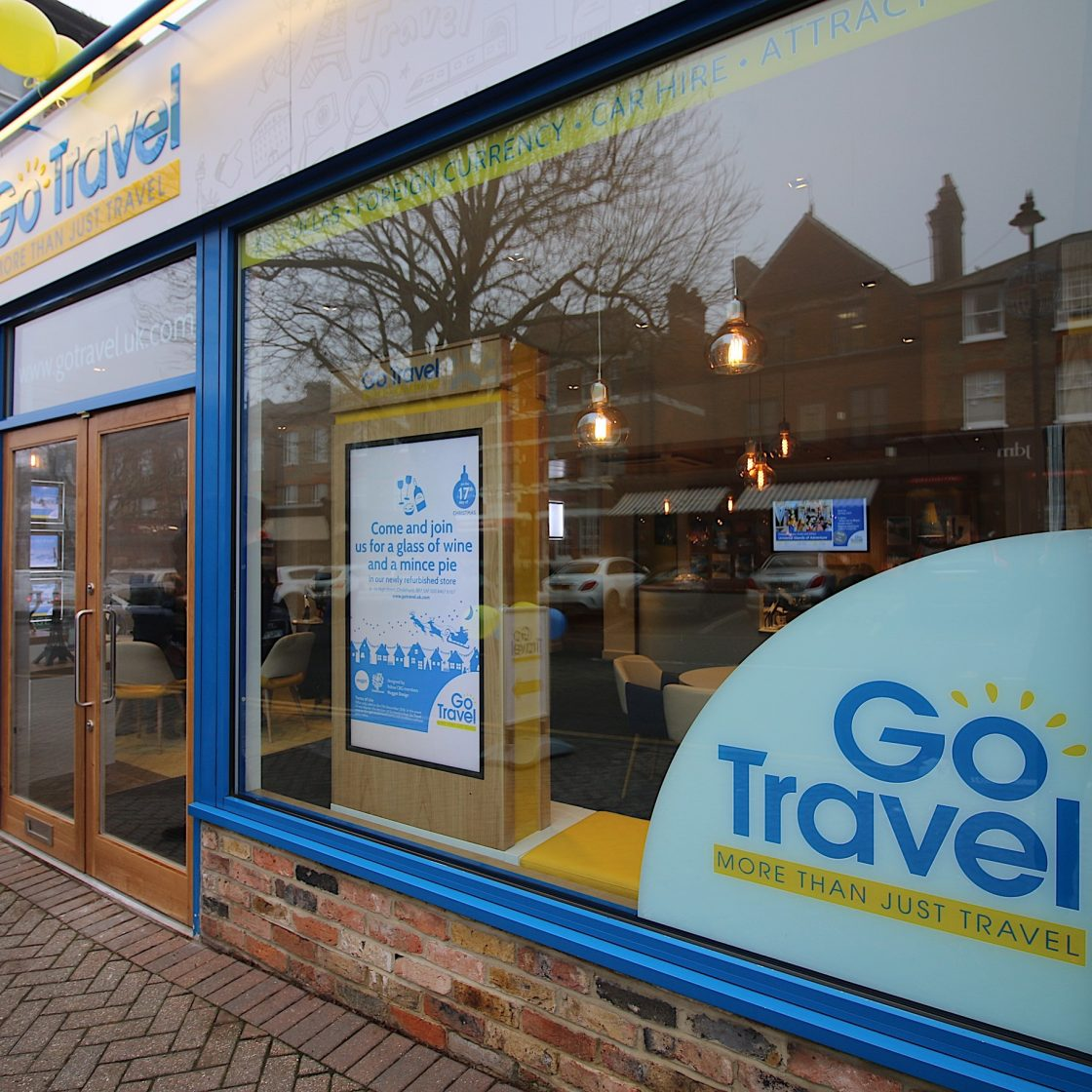 Go Travel_Chislhrust_Shopfront Interior Design By Nugget Design 03