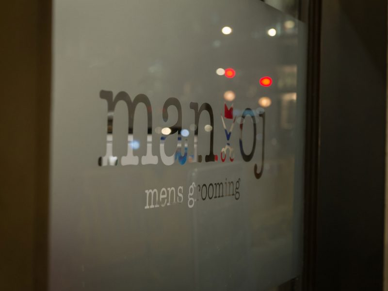 Manoj-Mens-Hair-Salon-designed-by-Nugget-Design-00