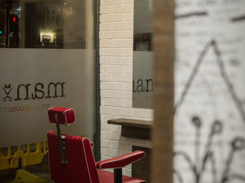 Manoj-Mens-Hair-Salon-designed-by-Nugget-Design-8